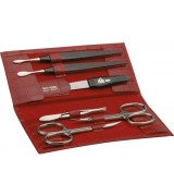 Erbe Collection sechsteiliges Manicure Set im roten Etui...