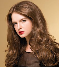 Modern im Trend: Braune Haare